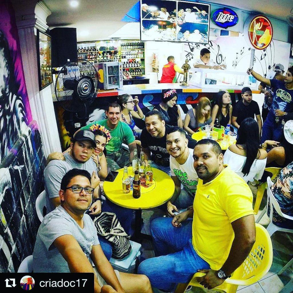 Repost criadoc17 with repostapp  Arranque de carnavalbaq en Nochehellip