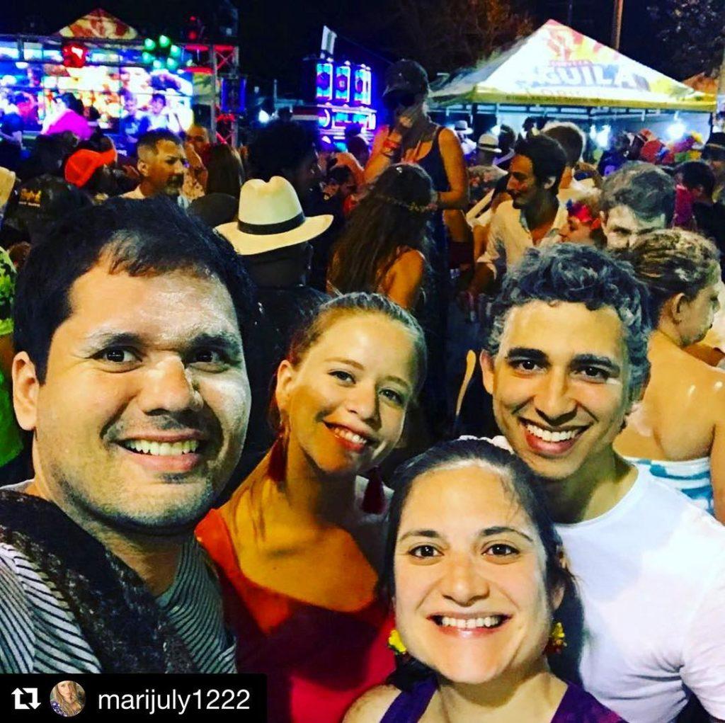 Repost marijuly1222 with getrepost  100tetemasbarranquilleros latroja barranquilla carnavales porquesoarnocuestanada